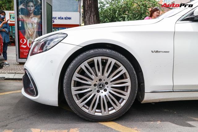 Cận cảnh Mercedes-Benz S-Class độ  bodykit S63 độc đáo của dân chơi Sài Gòn - Ảnh 4.