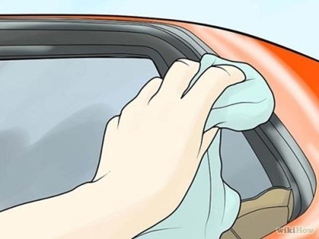 Xe bị dột vì hở cửa sổ trời, cách khắc phục ra sao? - Ảnh 2.