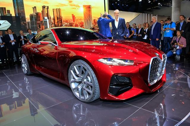 Tưởng chỉ có ảnh chế, ai ngờ BMW ra mắt xe có tản nhiệt to quá đà như thế này - Ảnh 1.
