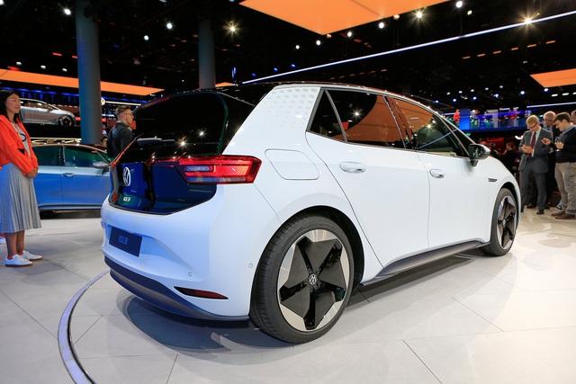 Volkswagen ID.3 – Golf của làng xe điện chính thức trình diện - Ảnh 4.