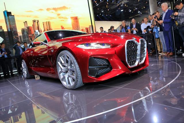Tưởng chỉ có ảnh chế, ai ngờ BMW ra mắt xe có tản nhiệt to quá đà như thế này - Ảnh 4.