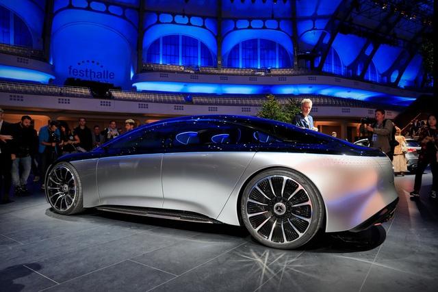 Chiêm ngưỡng Mercedes Vision EQS: Đỉnh cao thiết kế từ trong ra ngoài - Ảnh 2.