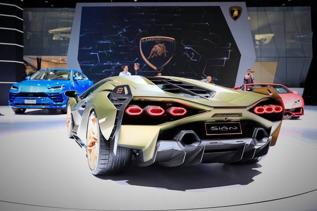 Lamborghini Sián được chào giá gấp đôi dù chưa giao xe, nhiều đại gia không khỏi tái mặt - Ảnh 3.