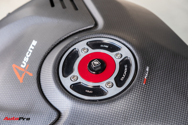Ducati V4S độ hơn gần 800 triệu tiền đồ chơi chủ nhân người Sài Gòn - Ảnh 11.