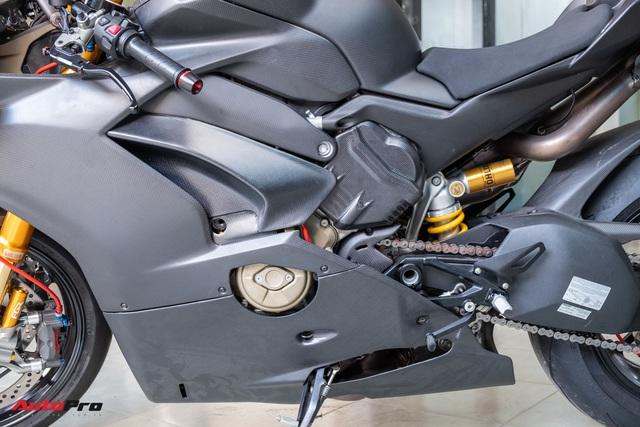 Ducati V4S độ hơn gần 800 triệu tiền đồ chơi chủ nhân người Sài Gòn - Ảnh 13.