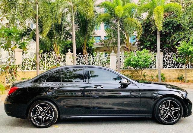 Sau 1.000 km, Mercedes-Benz C300 AMG 2019 được rao bán với quảng cáo: Giá siêu yêu - Ảnh 5.