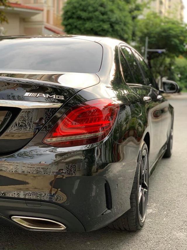 Sau 1.000 km, Mercedes-Benz C300 AMG 2019 được rao bán với quảng cáo: Giá siêu yêu - Ảnh 2.