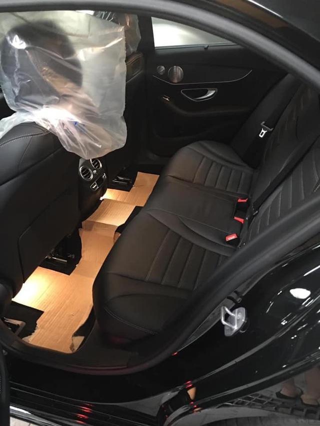 Sau 1.000 km, Mercedes-Benz C300 AMG 2019 được rao bán với quảng cáo: Giá siêu yêu - Ảnh 4.