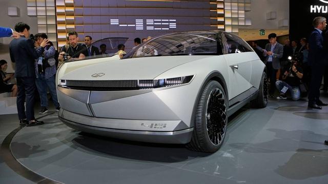 Hyundai 45 - Đàn anh Kona chạy điện với thiết kế đầu siêu dị đã lăn bánh trên đường, hứa hẹn ngày ra mắt không còn xa