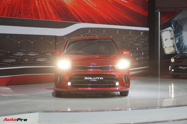 So sánh Kia Soluto, Hyundai Accent và Toyota Vios - Cuộc đua tam mã trên thị trường ô tô Việt Nam - Ảnh 1.