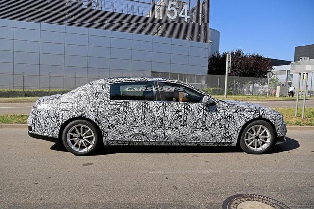 Mercedes-Benz tiết lộ thêm nhiều điểm mới trên S-Class - Ảnh 1.