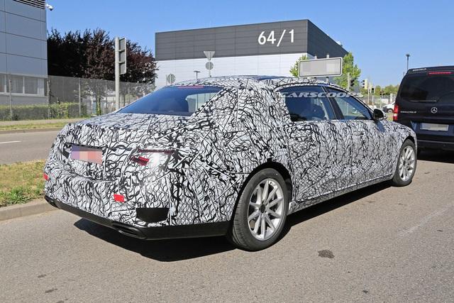 Mercedes-Benz tiết lộ thêm nhiều điểm mới trên S-Class - Ảnh 2.