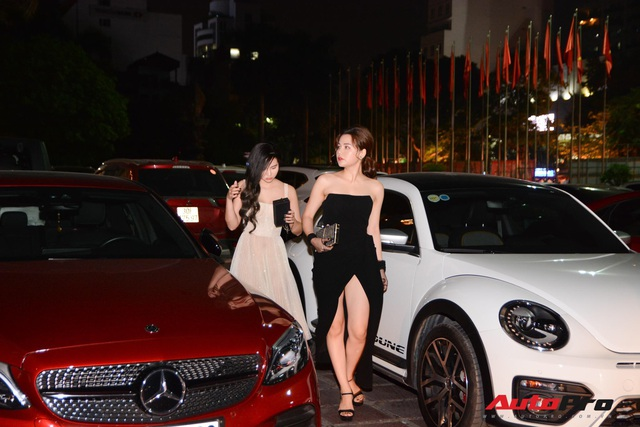 Sao Việt cùng dàn xế 'khủng' tham dự sự kiện ra mắt mạng xã hội Lotus - Ảnh 8.