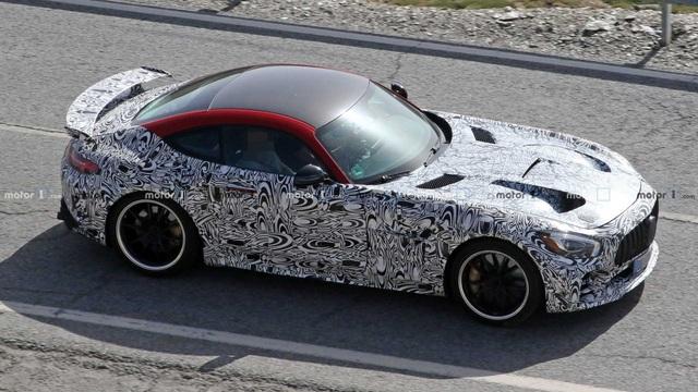 Mercedes-AMG GT Black Series lộ cánh gió khủng, hứa hẹn mạnh hơn 700 mã lực - Ảnh 3.