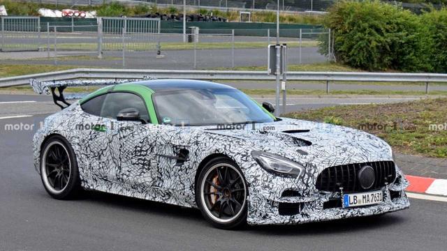 Mercedes-AMG GT Black Series lộ cánh gió khủng, hứa hẹn mạnh hơn 700 mã lực - Ảnh 1.