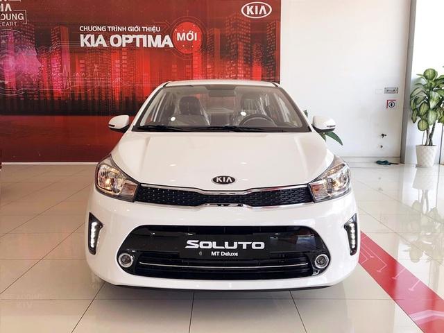 Kia Soluto châm ngòi cuộc đua xe sedan giá rẻ hạng B - Ảnh 1.