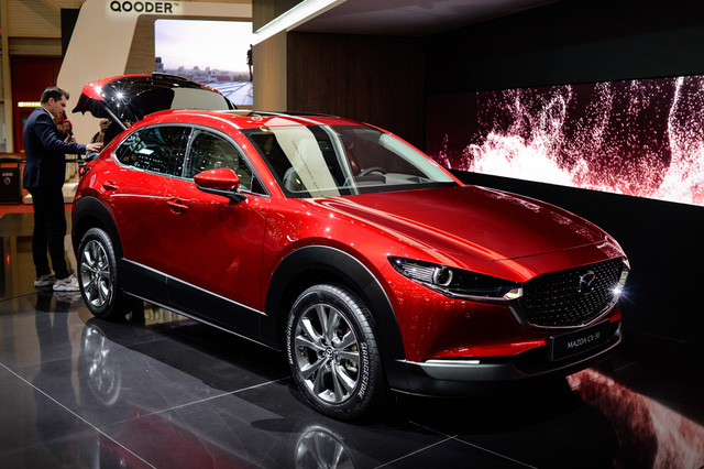 Mazda sắp ra mắt xe điện đầu tiên đấu Hyundai Kona Electric - Ảnh 1.