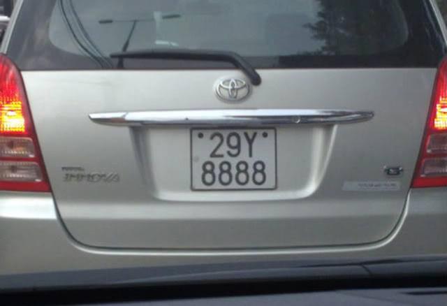'Lác mắt' trước dàn xe Toyota biển số siêu đẹp - Ảnh 5.