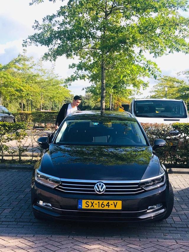 Chiếc ô tô mà cầu thủ Đoàn Văn Hậu được cấp khi thi đấu tại Hà Lan có giá bao nhiêu? - Ảnh 2.
