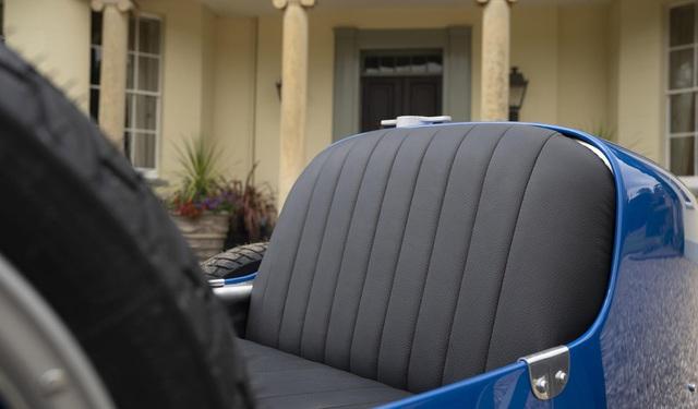 Xe đồ chơi của Bugatti vẫn bán cháy hàng dù đắt ngang một chiếc Honda Civic Type R đời mới - Ảnh 7.