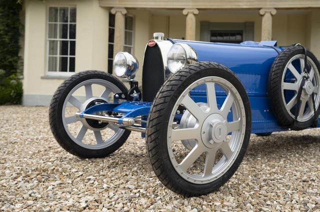 Xe đồ chơi của Bugatti vẫn bán cháy hàng dù đắt ngang một chiếc Honda Civic Type R đời mới - Ảnh 2.