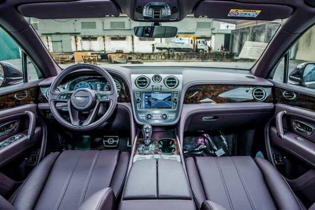 Bentley Bentayga ồ ạt về nước với số lượng lớn cho đại gia Việt chơi Tết, một chiếc sở hữu chi tiết đặc biệt lần đầu xuất hiện - Ảnh 5.