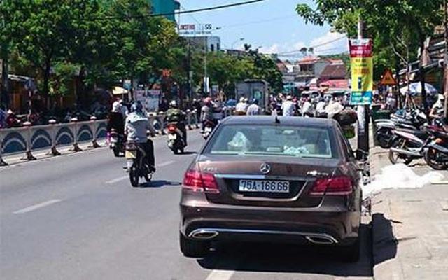Ảnh: Cận cảnh những chiếc xe sang đeo biển số VIP ở Huế - Ảnh 9.