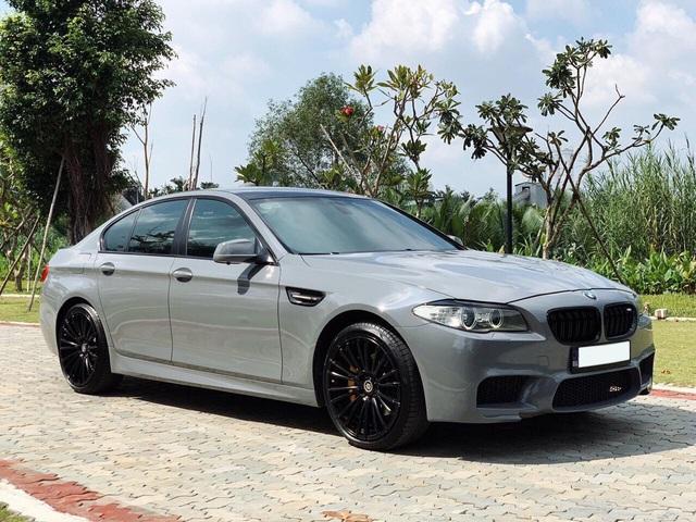 Rao giá gần 1 tỷ đồng cho BMW 523i độ, người bán bị cư dân mạng nhắc nhở vì nêu sai tên vô-lăng - Ảnh 1.