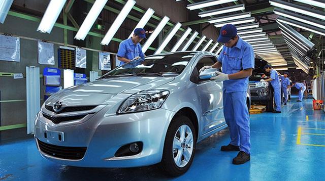 Xe nội thua xe nhập giá rẻ, 2 năm đề xuất ưu đãi vẫn dậm chân - Ảnh 2.