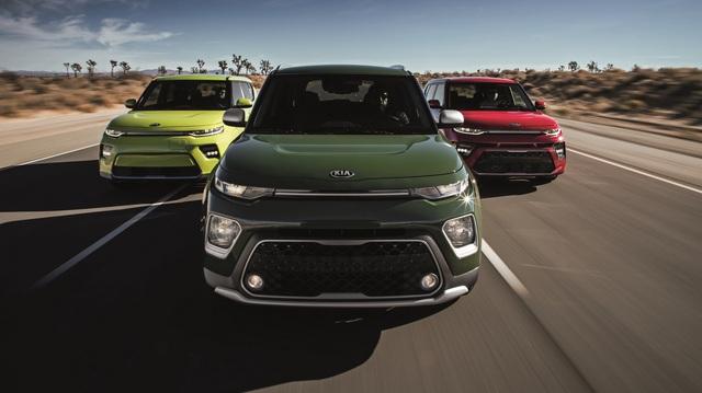 10 xe có hệ thống giải trí tốt nhất: 4 mẫu xe Hàn, trong đó bất ngờ có Hyundai Accent