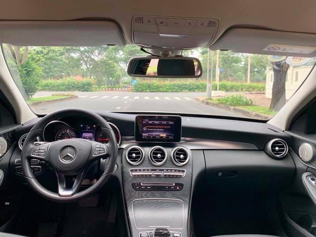 Mercedes-Benz C 200 độ giống C 63 bán lại giá ngang Toyota Camry 2.0 mua mới - Ảnh 4.