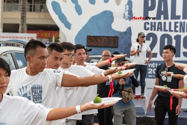 10 người Việt chuẩn bị sang Singapore, chạm tay để trúng SUV 1 tỷ đồng - Ảnh 3.