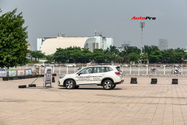 10 người Việt chuẩn bị sang Singapore, chạm tay để trúng SUV 1 tỷ đồng - Ảnh 5.