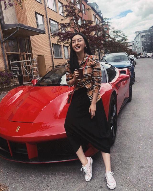 Dàn siêu xe và xe sang đắt đỏ của nhà hot girl Việt lấy chồng người Thái Lan - Ảnh 7.