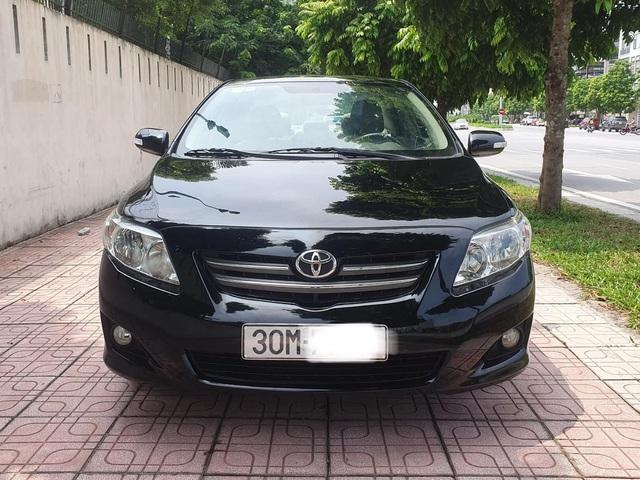 Toyota Corolla Altis tại Việt Nam - từ ngôi vua tới kẻ lép vế trong phân khúc - Ảnh 1.