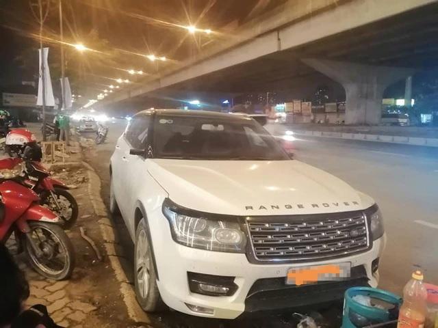 Loạt xe sang Range Rover bị vặt gương, trộm logo ở Việt Nam - Ảnh 6.