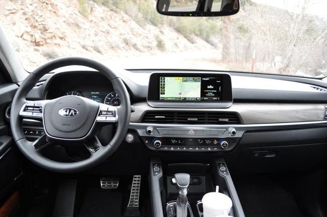 Những điều cần biết về Kia Sorento thế hệ mới ra mắt trong năm sau, cạnh tranh Ford Explorer - Ảnh 2.