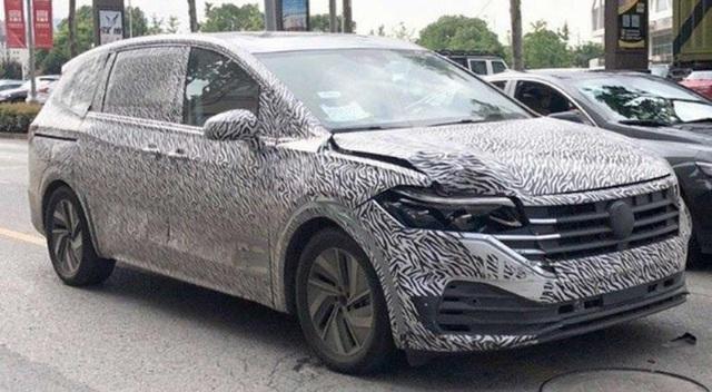Volkswagen sản xuất MPV đối đầu Mitsubishi Xpander - Ảnh 1.