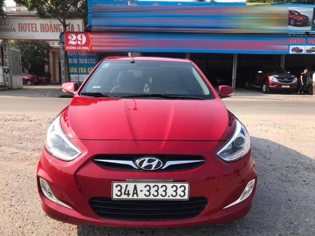 Mua Hyundai Accent cũ, chủ xe như 'vớ được vàng' khi bốc được biển số - Ảnh 1.