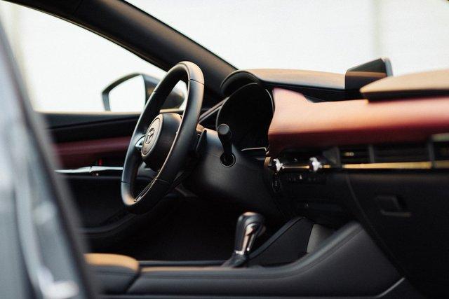 Ra mắt Mazda3 2020: Bổ sung nhiều tính năng nhưng có thể không phải bản sắp trình làng Việt Nam - Ảnh 2.