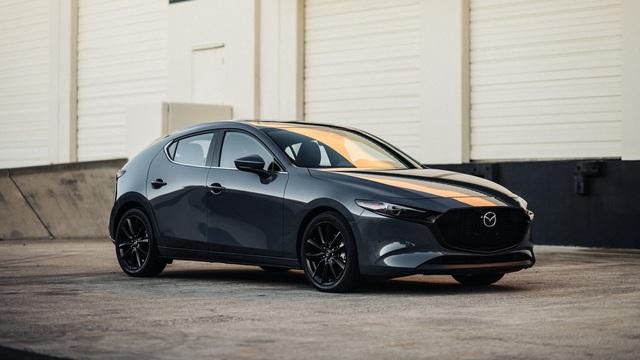Ra mắt Mazda3 2020: Bổ sung nhiều tính năng nhưng có thể không phải bản sắp trình làng Việt Nam