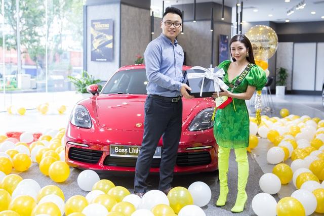 Nữ doanh nhân 9x đầu tiên Việt Nam sắm Porsche 718 Cayman S: 'Muốn sống đúng tính cách con người mình, biết làm và biết chơi' - Ảnh 2.