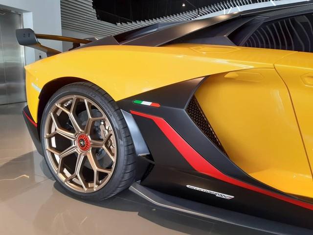 Cận cảnh Lamborghini Aventador SVJ 63 đầu tiên tại Đông Nam Á - Ảnh 10.