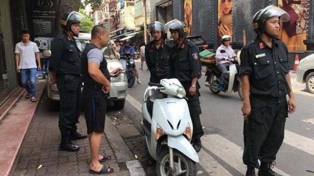 Cảnh sát cơ động có được dừng xe, kiểm tra giấy tờ không?