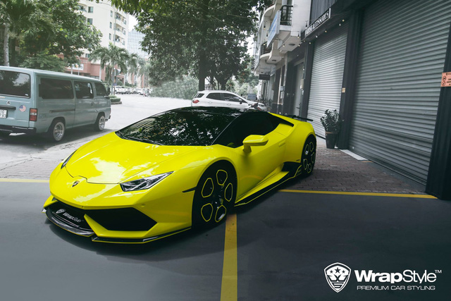 Đại gia Việt lột xác Lamborghini Huracan biển san bằng tất cả sang diện mạo mới chói loá - Ảnh 1.