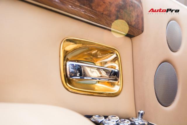 Rolls-Royce Phantom độ phiên bản rồng, mạ vàng có giá bao nhiêu trên sàn xe lướt? - Ảnh 13.