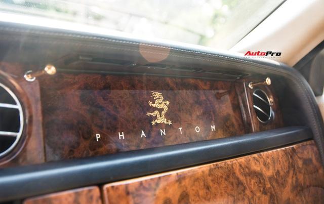 Rolls-Royce Phantom độ phiên bản rồng, mạ vàng có giá bao nhiêu trên sàn xe lướt? - Ảnh 14.