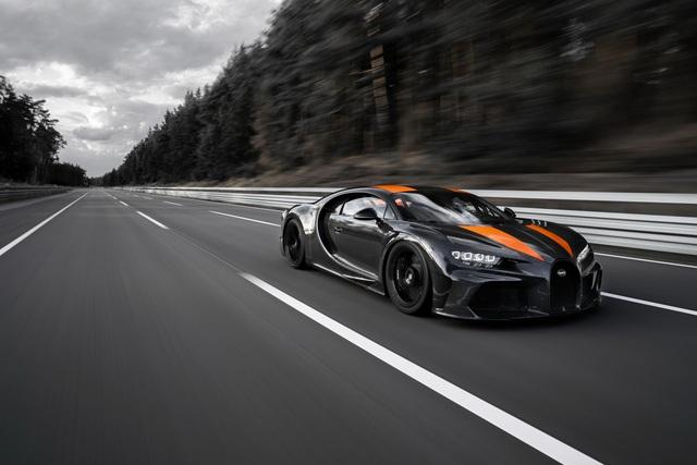 Bugatti xô đổ cột mốc 300 dặm/giờ ao ước của mọi hãng xe thể thao với Chiron, nhấp nhá phiên bản Super Sport - Ảnh 2.
