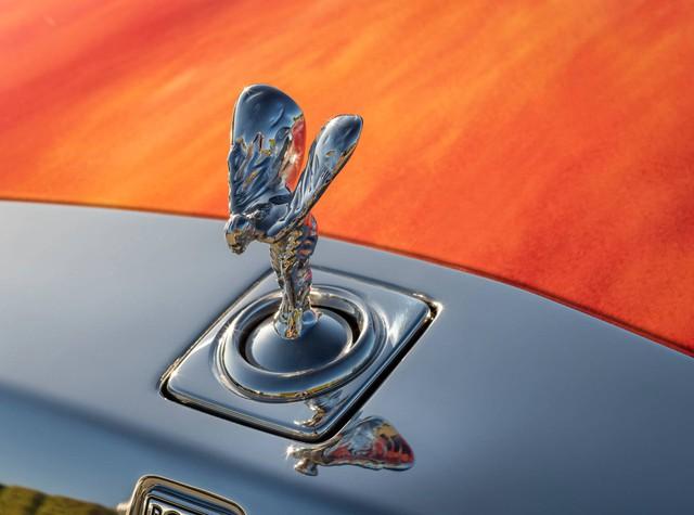 Đại gia chi gấp đôi tiền để mua chiếc Rolls-Royce Phantom có tiểu sử đặc biệt - Ảnh 2.