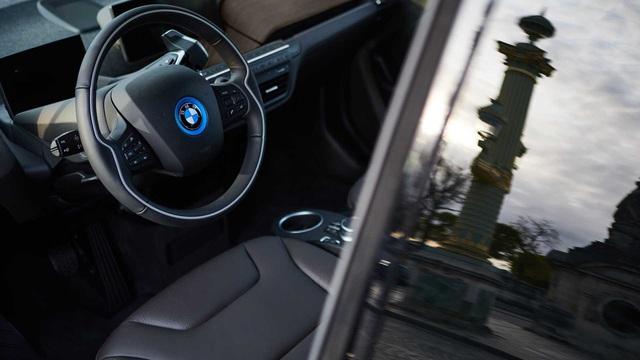Ra mắt BMW i8 phiên bản đặc biệt - Lời chào trước khi khai tử - Ảnh 4.